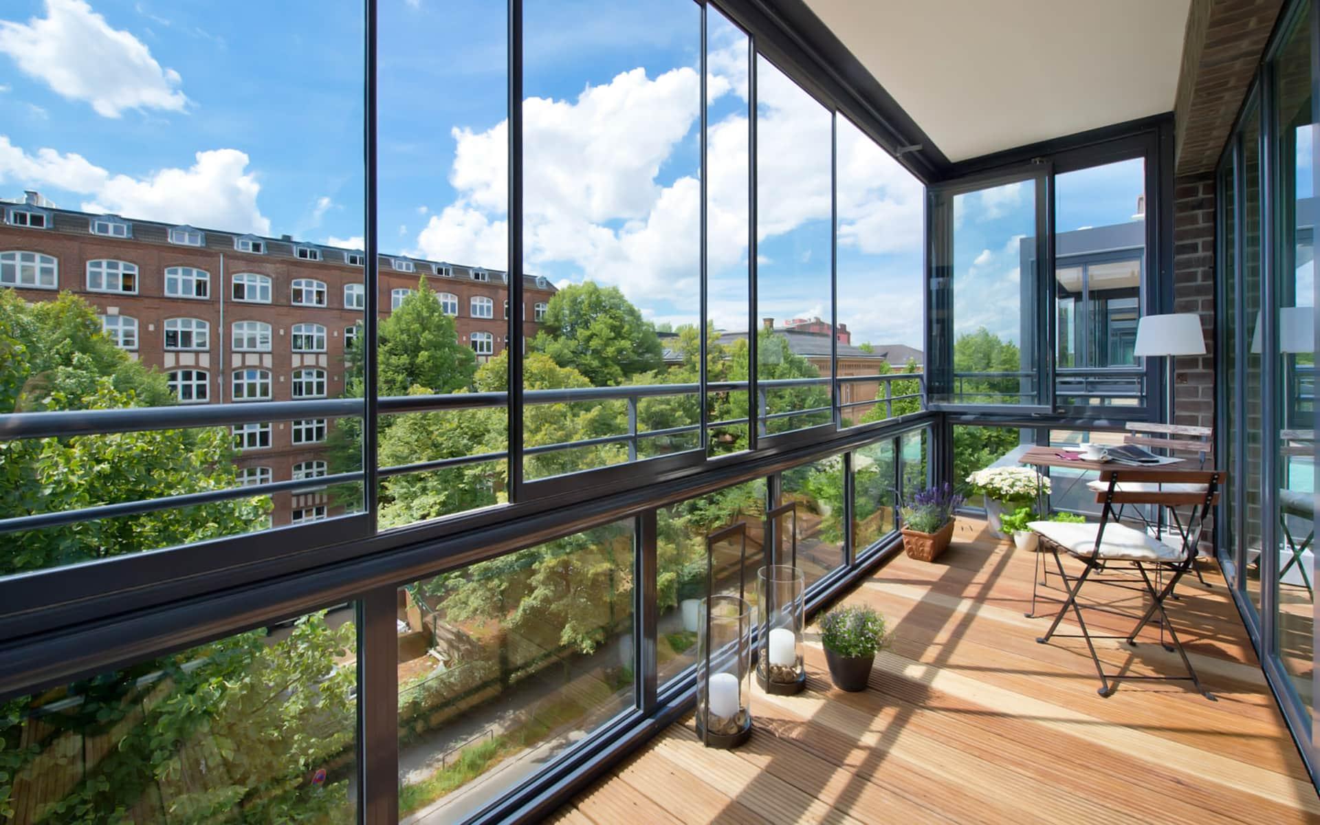 Balkonverglasungen sorgen für den Weitblick