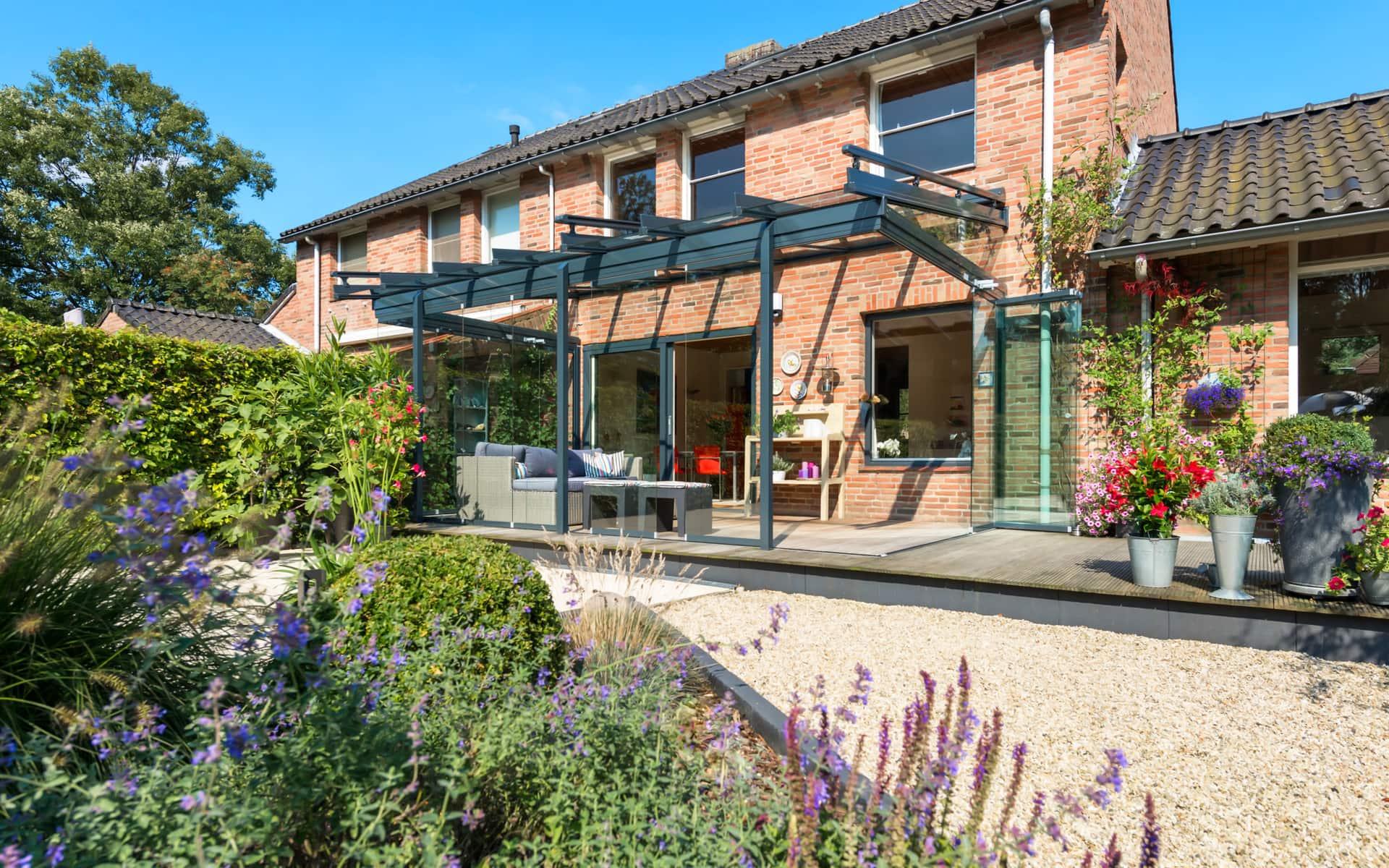 Terrassenüberdachung für mehr Gemütlichkeit im Garten