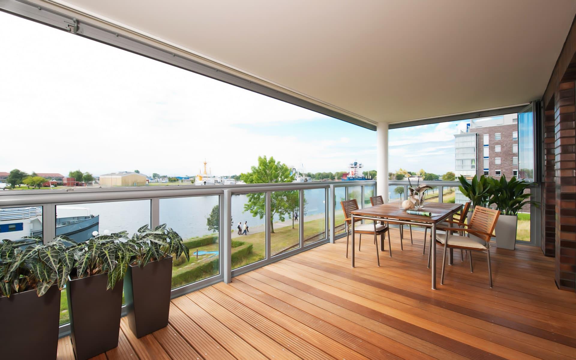 Balkon aus Glas aus Alu