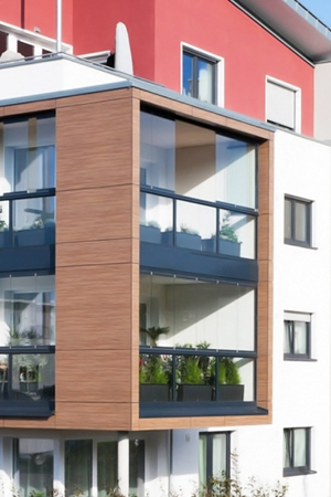 Fenster aus Holz, Aluminium oder Kunststoff